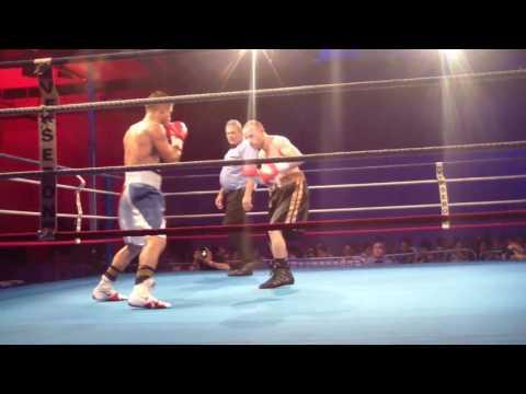 Gala de Boxe Internationale Professionnelle Combat Jérémy PARODI Hyères les Palmiers Live TV 2017