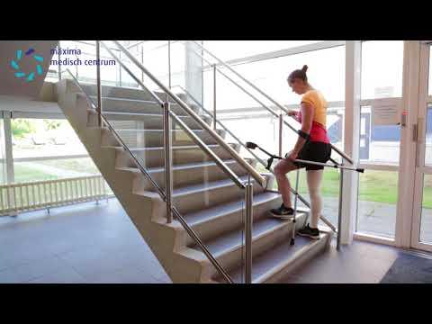 MMC fysiotherapie jongeren 04: trap oplopen
