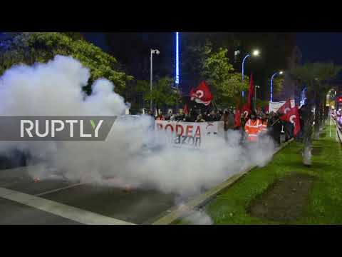 Spain: Amazon staff march on Madrid HQ after Black Friday strike