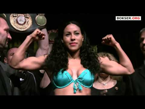 Cecilia Braekhus vs. Mia St John weigh-in