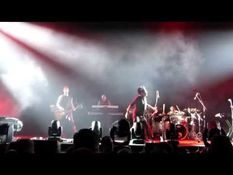 Gary Numan - Here In The Black (Live - HD) - 2013-10-31 - Orlando, FL - Amway Center mp3