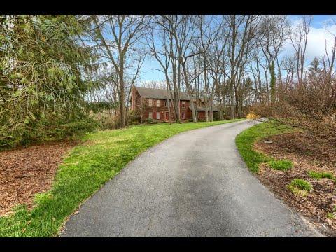 1705 Fairmont Drive Mechanicsburg, PA   ColdwellBankerHomes.com