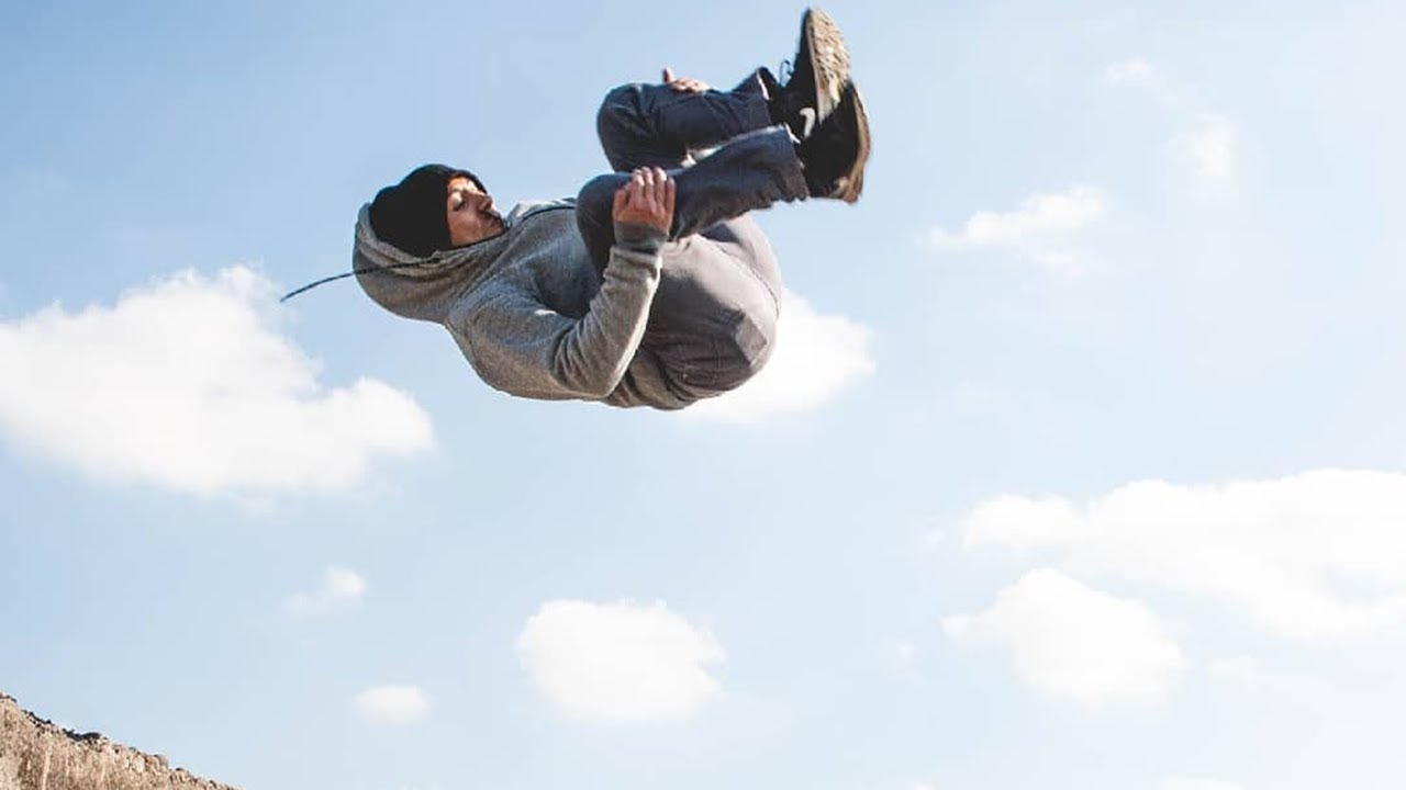 Epic Man Parkour And Freerunning
