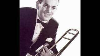 Glenn Miller & His Orchestra with The Modernaires - Perfidia