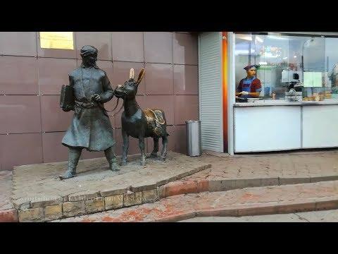 Ходжа Насреддин у метро Молодёжная