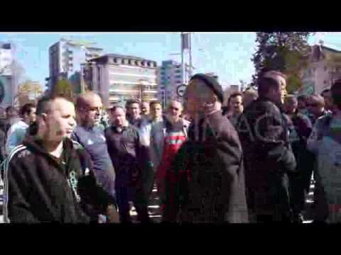 Police respond to protest of the murder of an ethnic Albanian - Kosovo