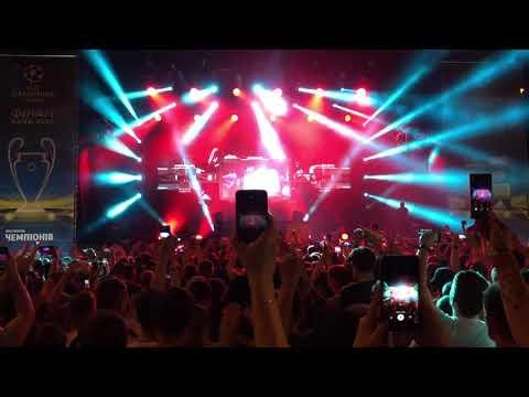 Blasterjaxx & Bassjackers vs. Martin Garrix - Switch vs. Animals [Hardwell x Kiev 2018]