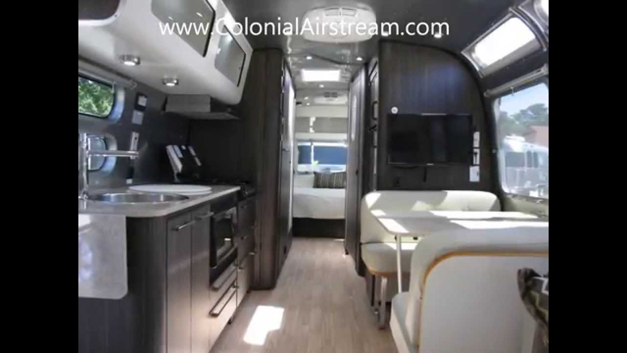 2013 Airstream International Signature 30 Lounge Solar