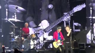 The Rolling Stones - 14 On Fire Singapore - Paint It Black HD