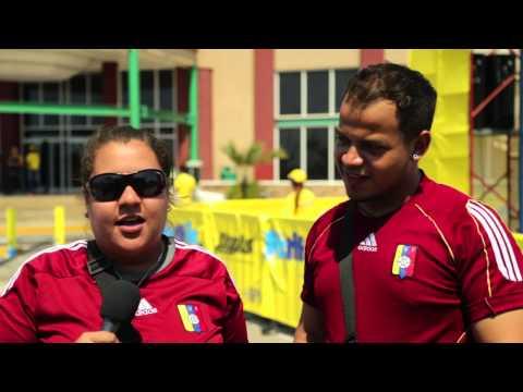 Venezolanos buscan récord mundial de abrazos from YouTube · Duration:  1 minutes 58 seconds