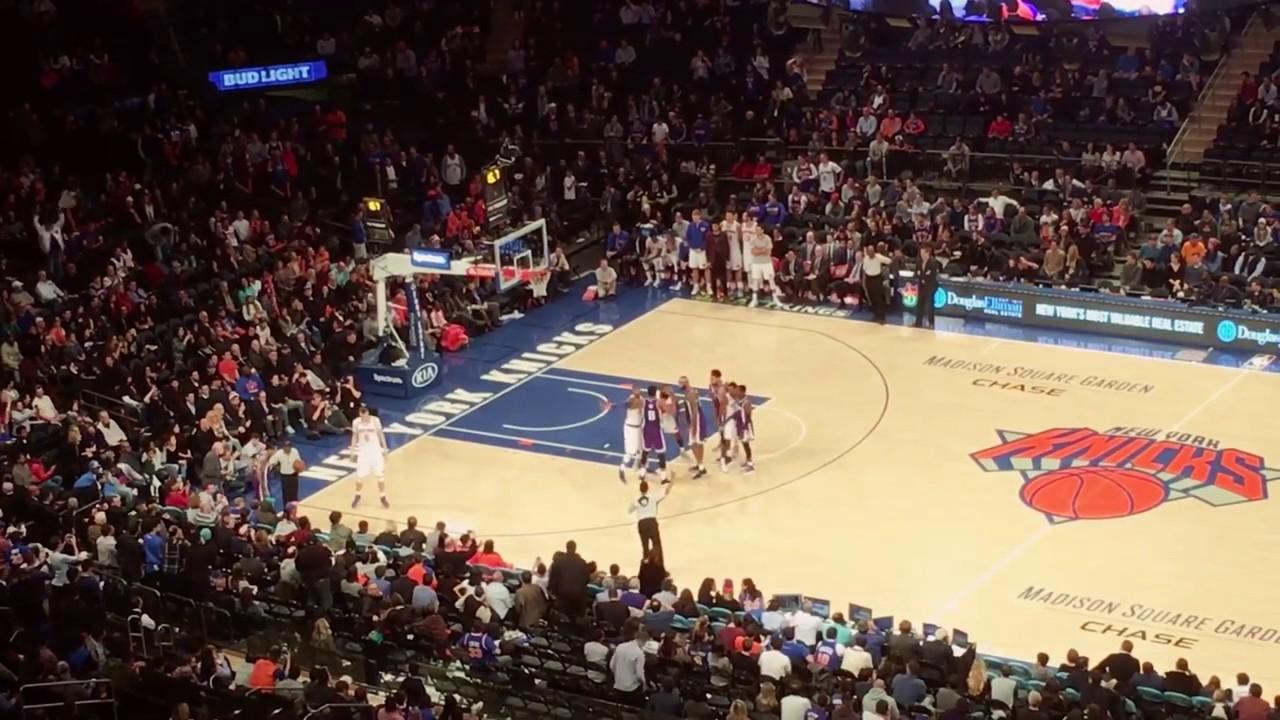 New York Knicks Fans Chant Derek Fisher At Matt Barnes Youtube