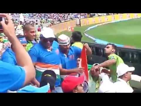 stadium fight in india vs pakistan fans   2015 cwc