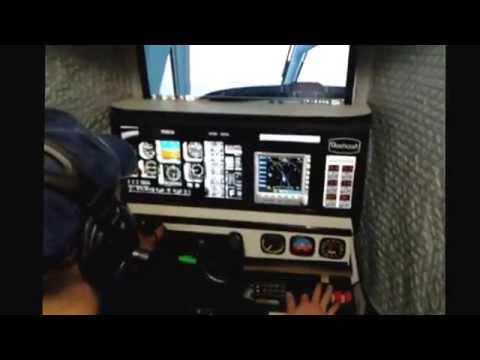 Volando el simulador del Beechcraft 350 hecho en casa.  DB. 2014