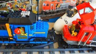 Новый ПОЕЗД ЛЕГО СИТИ!Авария поездов ЛЕГО и БОЛЬШАЯ железная дорога.LEGO TRAIN CRASH.Видео поезда