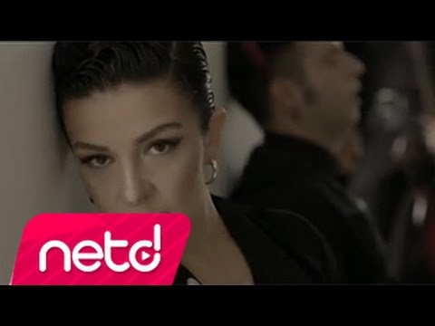 Ozan Doğulu Feat Model - Böyle Akşamlar