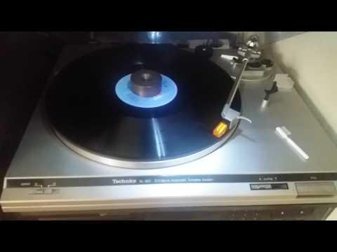 Vintage Turntables: Philips GA437 versus Tecnics SL-B21