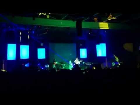 Sirvan Khosravi Live at Tehran International Fair on November 8th 2012