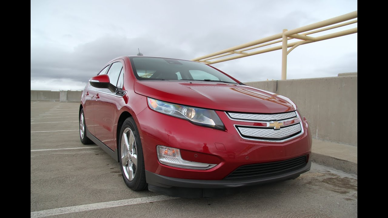 2017 Chevrolet Volt Range Extending Ev Plug In Hybrid Review