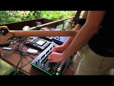 Balcony session psycholectro society anschein live for Balcony sessions