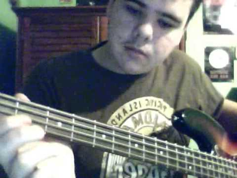 how to play money pink floyd bass