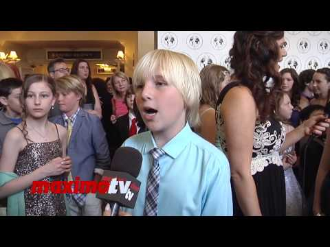 Miles Elliot  Young Artist Awards 2014 Red Carpet