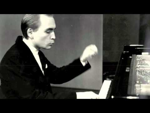 Denys Proshayev plays CPE Bach Cantabile in concert