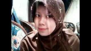 Gambar cover Jilbab putih-kasidah by ArifinAyib'S Channelle.flv
