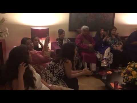 Ashutosh Gowariker Singing at Javed Akhtar