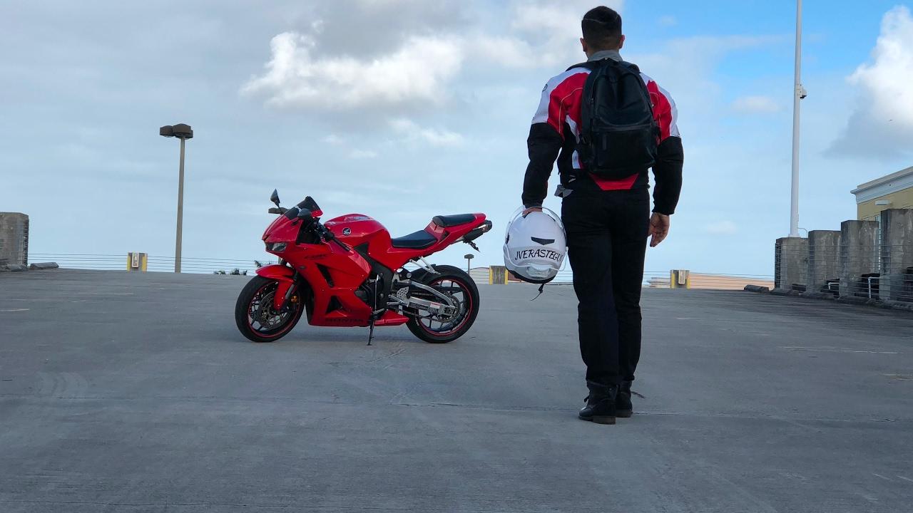 Mia Rider
