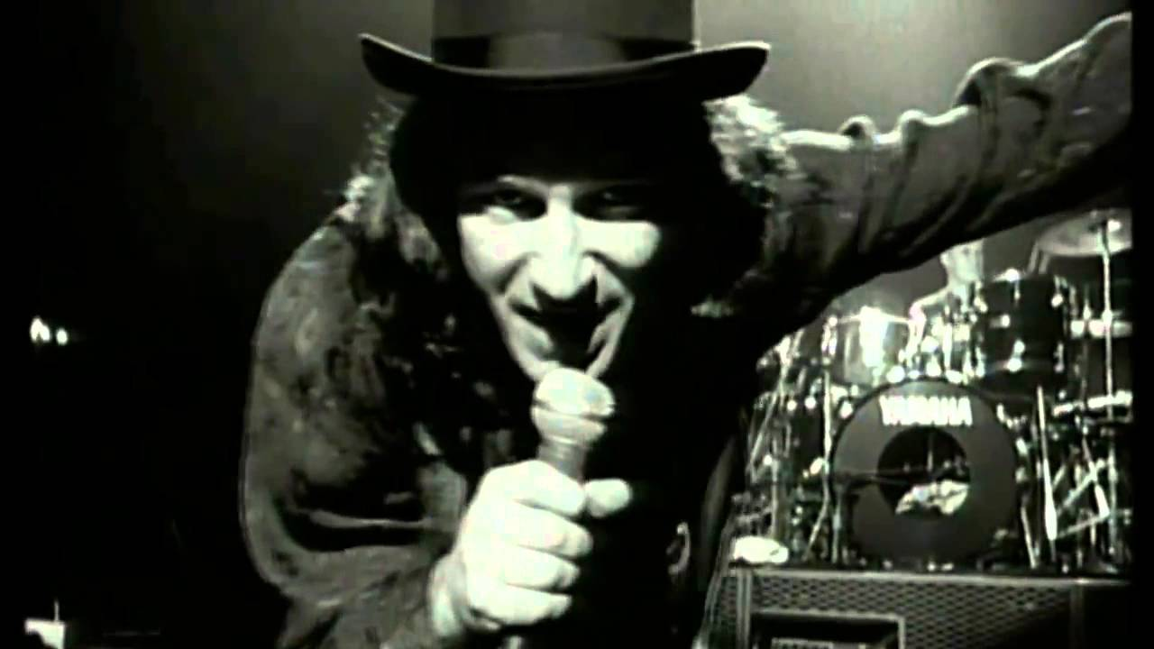 u2 christmas baby please come home official video 1987 - Christmas Baby Please Come Home U2