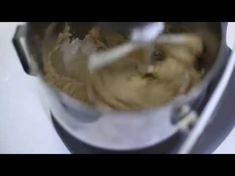 How To Make A Peanut Butter Filling For Any Cake