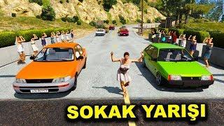 Gambar cover Süper Güçlü Arabalar Sokak Yarışına Katılıyor