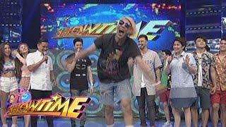 "Video It's Showtime: Vice Ganda dances to ""Ikaw Ang Sunshine Ko"" download MP3, 3GP, MP4, WEBM, AVI, FLV April 2018"