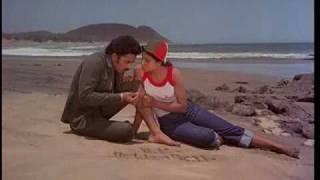 ek duje ke liye romantic scene kamal hasan rati agnihotri on the beach