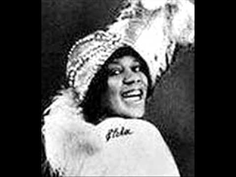 Bessie Smith - Any Woman's Blues (1923)