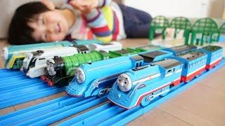 プラレール 流線形トーマスとシューティングスターゴードン/Streamliner Thomas and Shooting Star Gordon Train toy Plarail