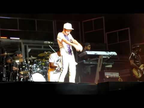 Runaway Love-Justin Bieber Mexico 1 Oct.