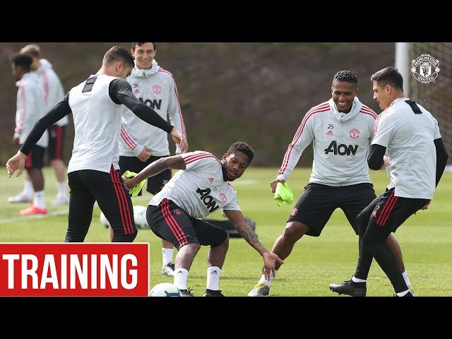 Manchester United train ahead of Huddersfield Town clash! | Manchester United Training