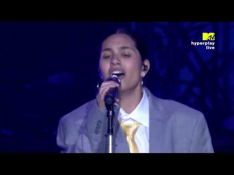 Alessia Cara - Scars To Your Beautiful (Live At MTV Hyperplay 2018)