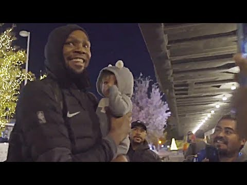 Kevin Durant Arrives In OKC For Thunder Game & Gets Lots Of Love From Fans