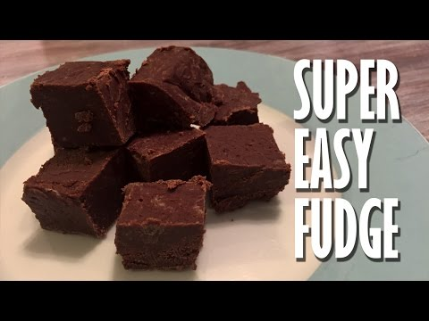FUDGE RECIPE With Sweetened Condensed Milk & The Microwave - SO Easy And Fast!