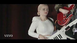 Download Clean Bandit 清潔的盜賊 -《Mama》|| Ellie Goulding 艾麗高登跨刀助陣 || 【現場版】• live at Kyoto (Japan) Mp3