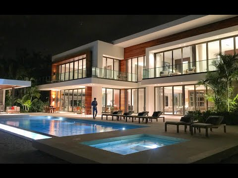 Miami's Finest in Luxury - Julian Johnston - Million Dollar Listing