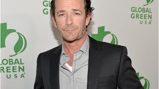 "Luke Perry, estrella de ""Beverly Hills, 90210"", es hospitalizado tras un derramecerebral"