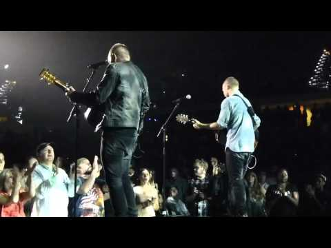 Chris Tomlin - Indescribable, Holy Is The Lord & I Will Rise (Tampa - 3/16/2013) Burning Lights tour