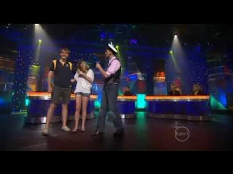 Good News Week - Frank Woodley Sings The Love Boat Theme