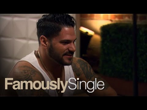 Ronnie Magro-Ortiz Is a True Gentleman! | Famously Single | E!