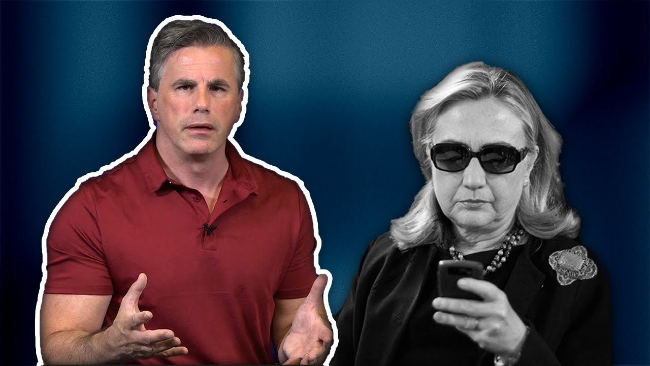 UNBELIEVABLE! Hillary Clinton's Lawyer Destroyed 33,000 Emails--Receives IMMUNITY from DOJ!