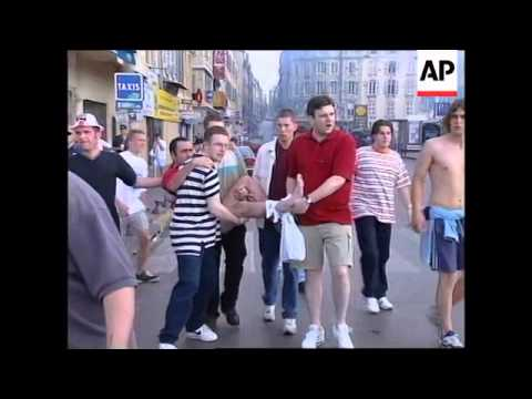 FRANCE: MARSEILLE: ENGLISH SOCCER FANS CLASH WITH TUNISIANS