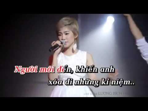karaoke HOC CACH DI MOT MINH